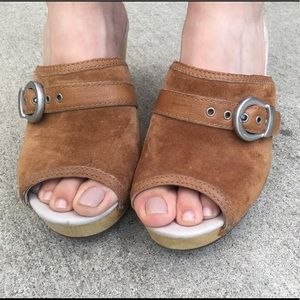 Ugg mule open toe clogs size 6
